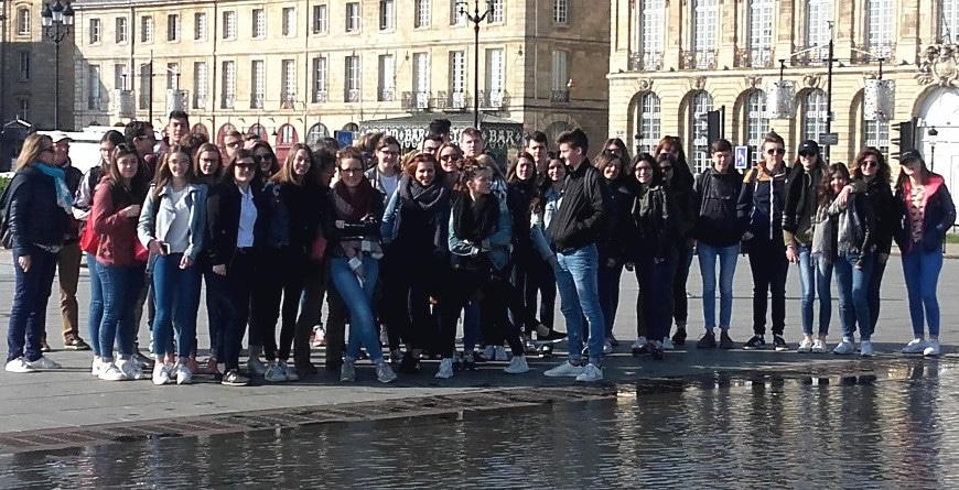 groupe d'élèves à Bordeaux