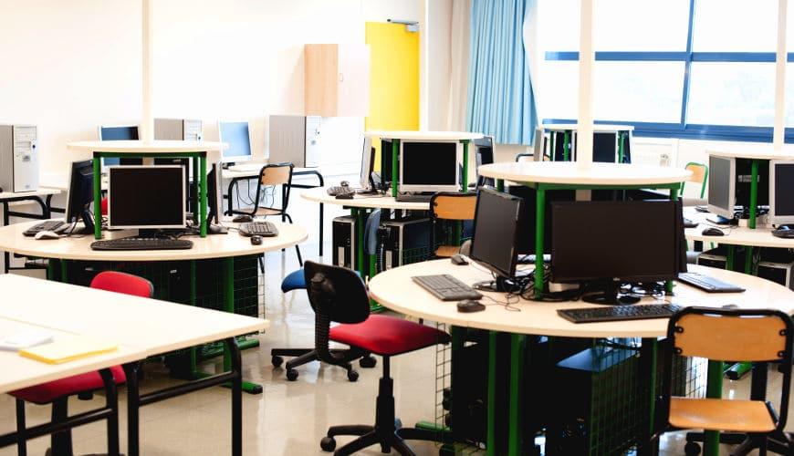 salle info vide